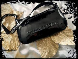 Calvin Klein Tasche Provocative Shoulder Bag